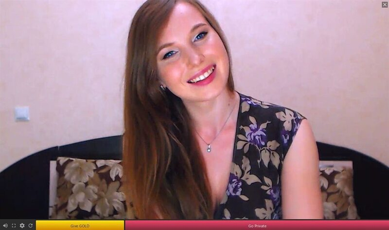 Cute blue eyed webcam model live on 121SexCams